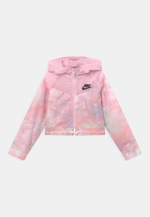 Kurtka przejściowa - pink foam/white