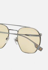 Burberry - UNISEX - Okulary przeciwsłoneczne - gunmetal - 3
