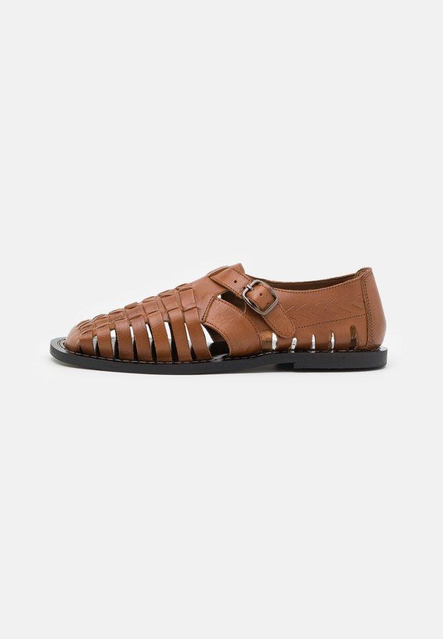 SULLY - Sandals - dark tan