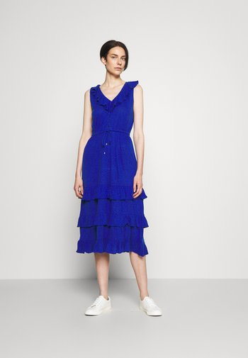 DONTAE - Jersey dress - sapphire star