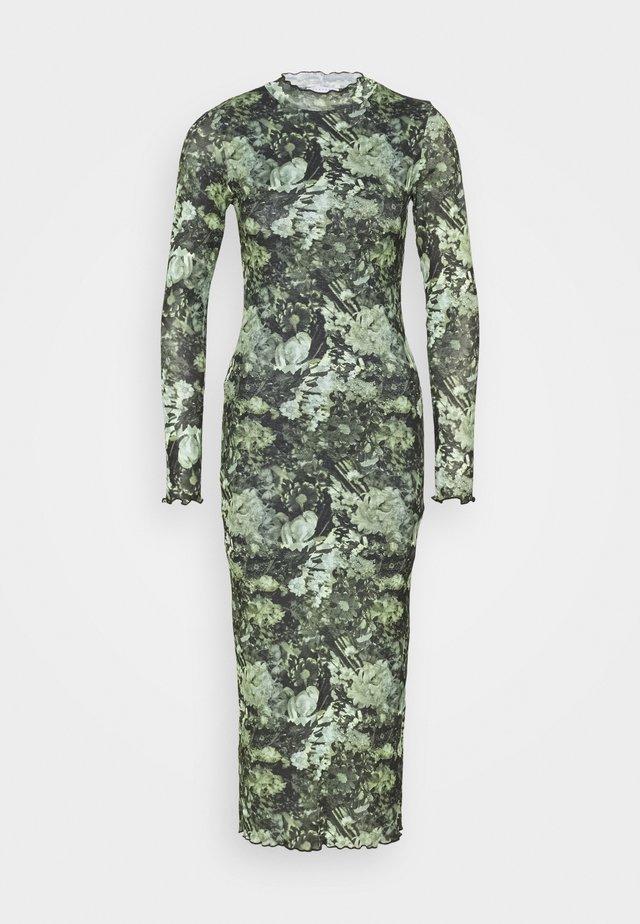 CAMO FLORA BODY CON - Vestido largo - green