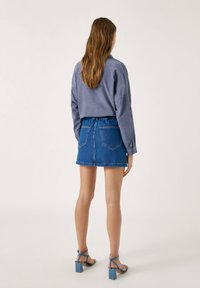PULL&BEAR - Gonna di jeans - blue - 2