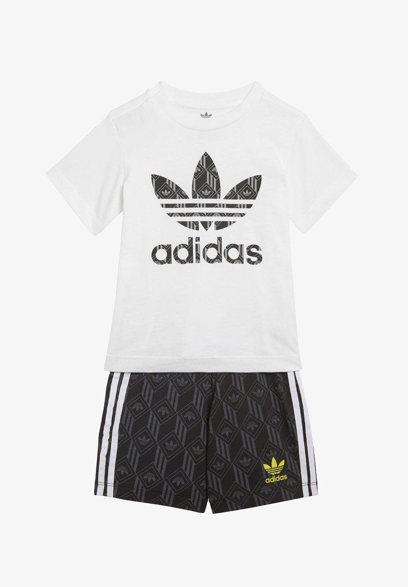 adidas Originals - SHORTS AND TEE SET - Shorts - white