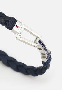 Tommy Hilfiger - FLAT BRAIDED BRACELET - Náramek - blue/silver - 1