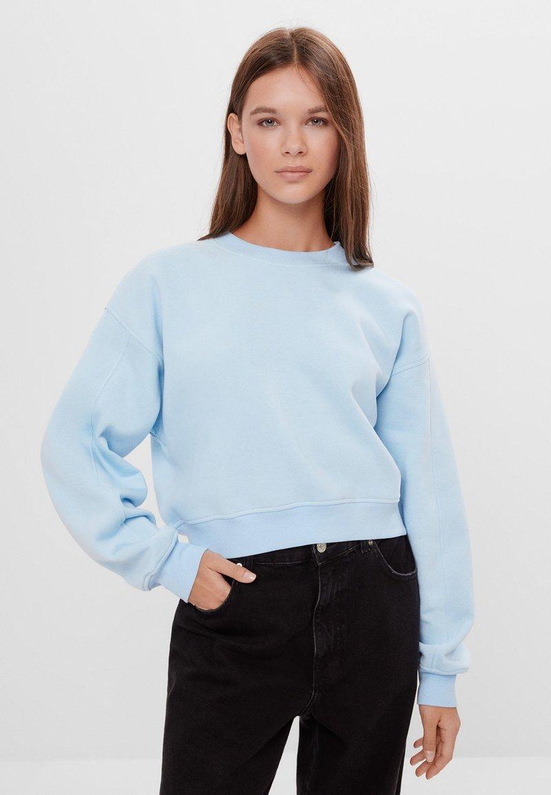 Bershka - Sweatshirt - light blue