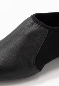 Bloch - JAZZ SHOE NEO-FLEX SLIP ON - Dance shoes - black - 2