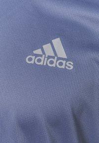 adidas Performance - OWN THE RESPONSE AEROREADY - Camiseta estampada - orbit violet - 2