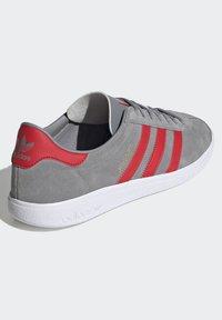 adidas Originals - JOGGER - Trainers - grey - 4