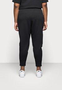 Nike Sportswear - Pantaloni sportivi - black - 2