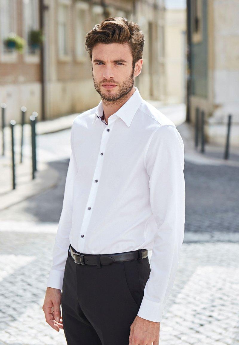 Next - SIGNATURE - Camicia elegante - white