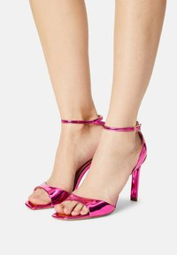 Guess - DIVINE - Sandály - pink - 0