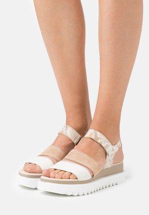 Platform sandals - panna/shell