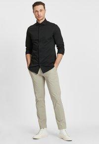 PROFUOMO - JAPANESE KNITTED - Shirt - black - 1