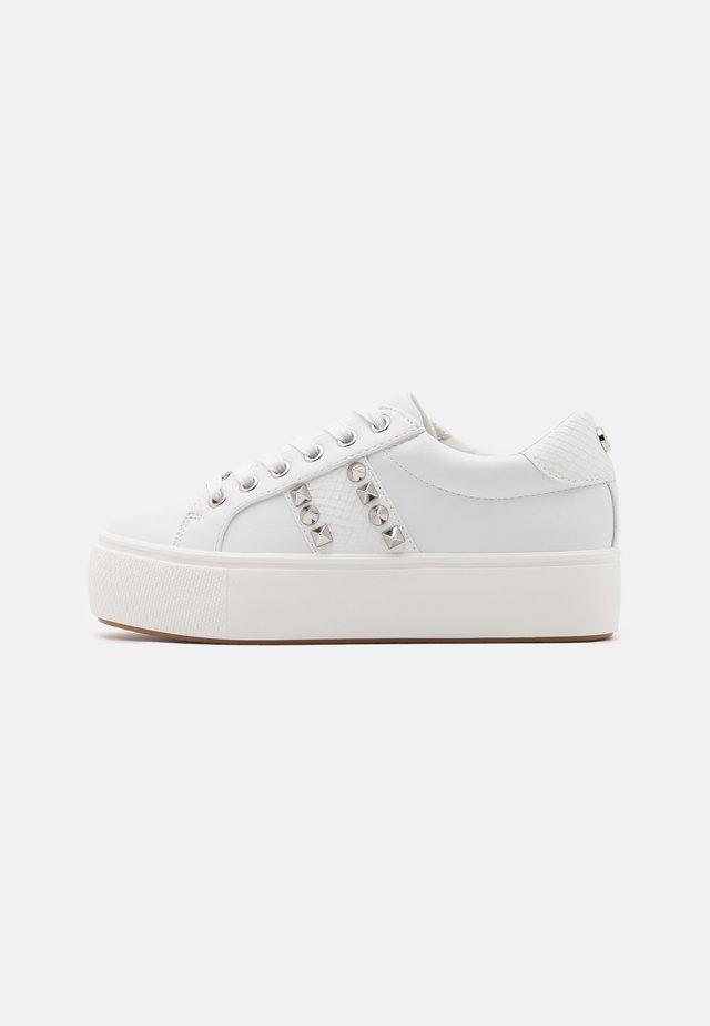 ESCALA - Sneakers basse - white