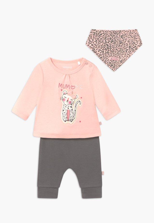 SET - Pantalon classique - light pink/dark grey