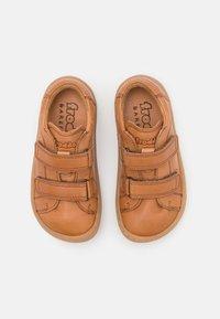 Froddo - BAREFOOT UNISEX - Zapatos con cierre adhesivo - brown - 3
