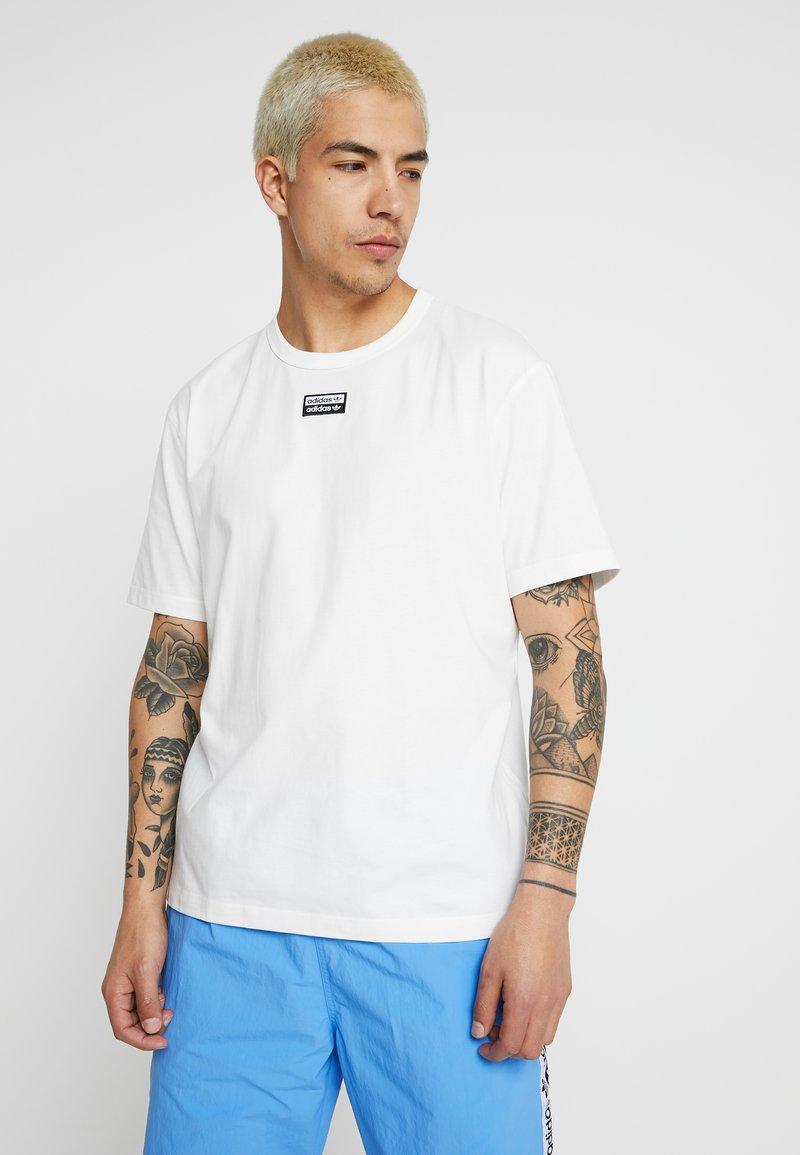 adidas Originals - REVEAL YOUR VOICE TEE - T-shirt - bas - core white
