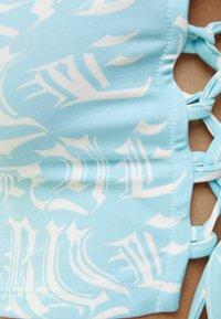 Bershka - T-shirt med print - turquoise - 4