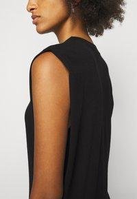 DESIGNERS REMIX - MANDY MUSCLE DRESS - Sukienka etui - black - 5