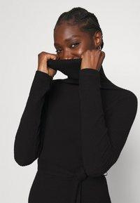 Dorothy Perkins - BRUSHED BODYCON TIE WAIST - Shift dress - black - 3