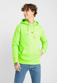 Tommy Jeans - NEON SMALL LOGO HOODIE - Felpa con cappuccio - green geco - 0