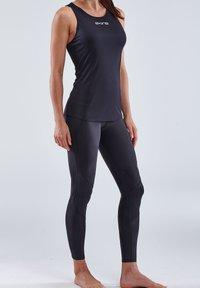 Skins - Sports shirt - black - 4