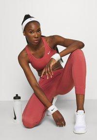 Nike Performance - PANT COOL - Pantalon de survêtement - canyon rust/reflective silver - 3