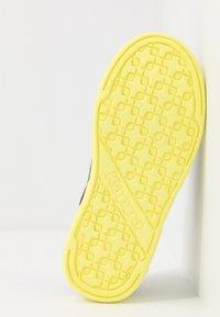 Kappa - DALTON ICE - Sports shoes - grey/lime - 5