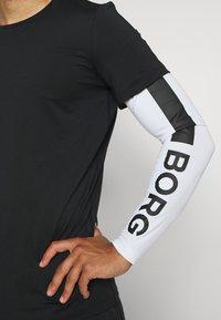 Björn Borg - ABER TEE - Sports shirt - black beauty - 5