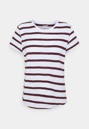 THE CREW - Print T-shirt - white/winetasting