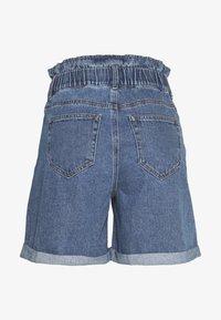 Noisy May - Shorts di jeans - medium blue denim - 1