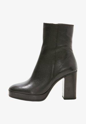 Bottines à talons hauts - black blk