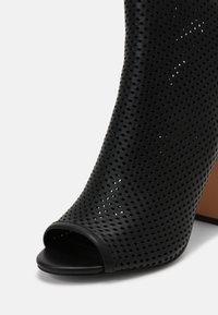 Anna Field - LEATHER - Kotníková obuv na vysokém podpatku - black - 5