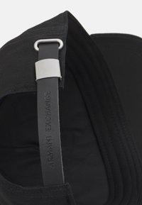 Armani Exchange - CORP LOGO HAT UNISEX - Caps - nero/bianco - 3