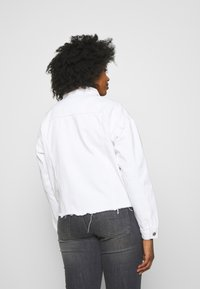 Missguided Plus - OVERSIZED JACKET - Denim jacket - white - 2