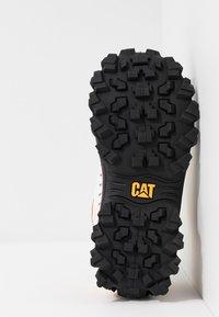 Cat Footwear - INTRUDER - Zapatillas - star white - 4