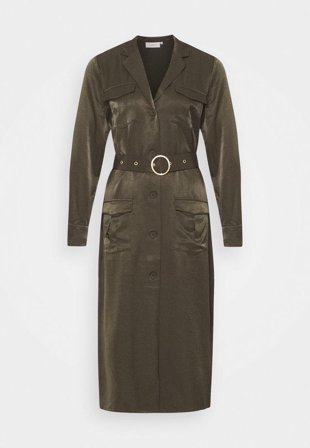 CMSWAY - Košilové šaty - dark olive