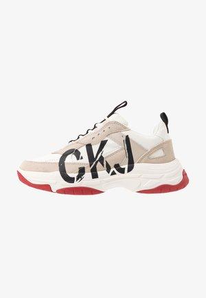 MARLEEN - Sneakersy niskie - bright white/stone