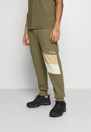 HMLAIDAN REGULAR PANTS - Pantalon de survêtement - burnt olive