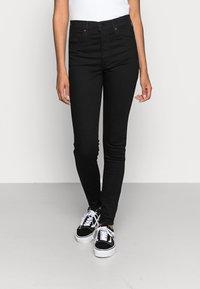 Levi's® - MILE HIGH SUPER SKINNY - Jeans Skinny Fit - black galaxy - 0