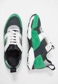 Marni - Baskets basses - platino/spring green - 1