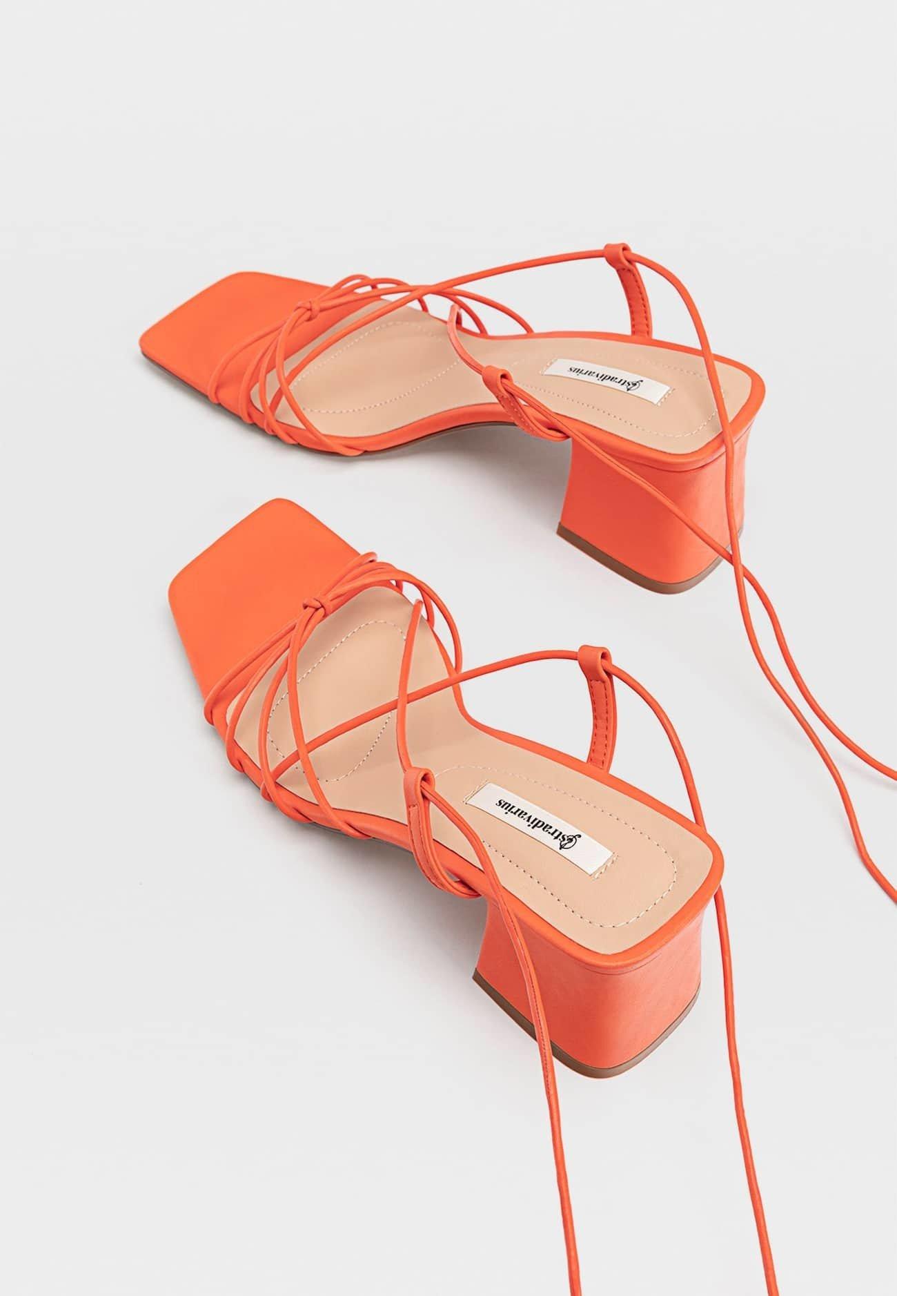 Stradivarius MIT FEINEN RIEMCHEN Sandaler orange
