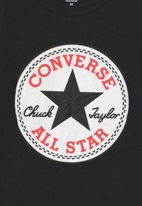 Converse - CHUCK PATCH GRAPHIC - Print T-shirt - black - 2