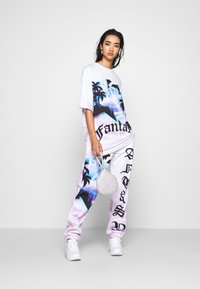Jaded London - OVERSIZED FANTASY HEART SCENE - Camiseta estampada - multi - 1