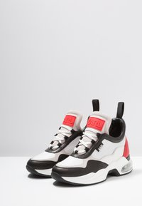 KARL LAGERFELD - LAZARE MID - Sneakers - white/red - 4