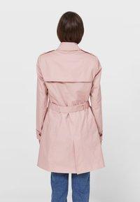 Stradivarius - Trenchcoat - pink - 2