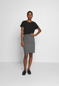 Taifun - Pencil skirt - black - 1