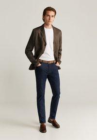 Mango - BISLEVA - Blazer jacket - braun - 1