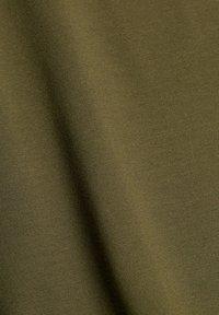 edc by Esprit - Print T-shirt - khaki green - 8