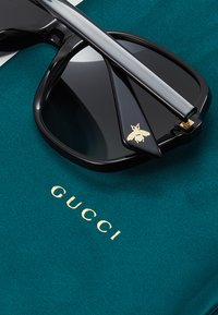 Gucci - Okulary przeciwsłoneczne - black/grey - 4